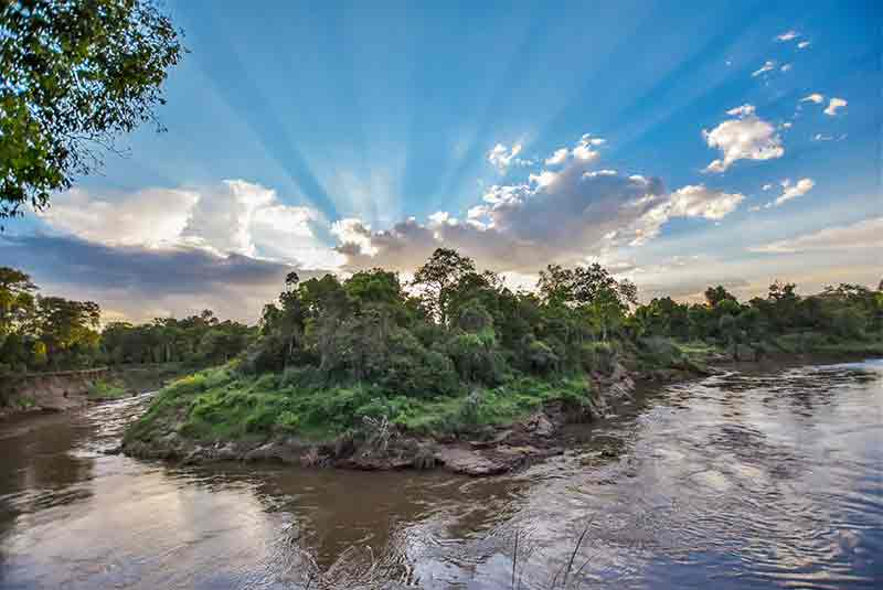 A bend in the Mara River close to Governers Camp