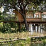 Guest suite on stilts over the Zambezi River