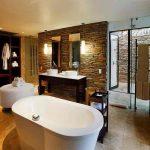 Kapama South Camp guest suite bathroom