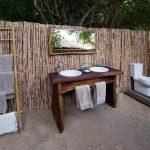 kuyenda, bathroom, bush, africa, zambia, south luangwa, african safari experts