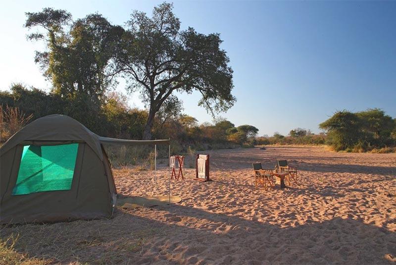 Jongomero fly camping in Ruaha